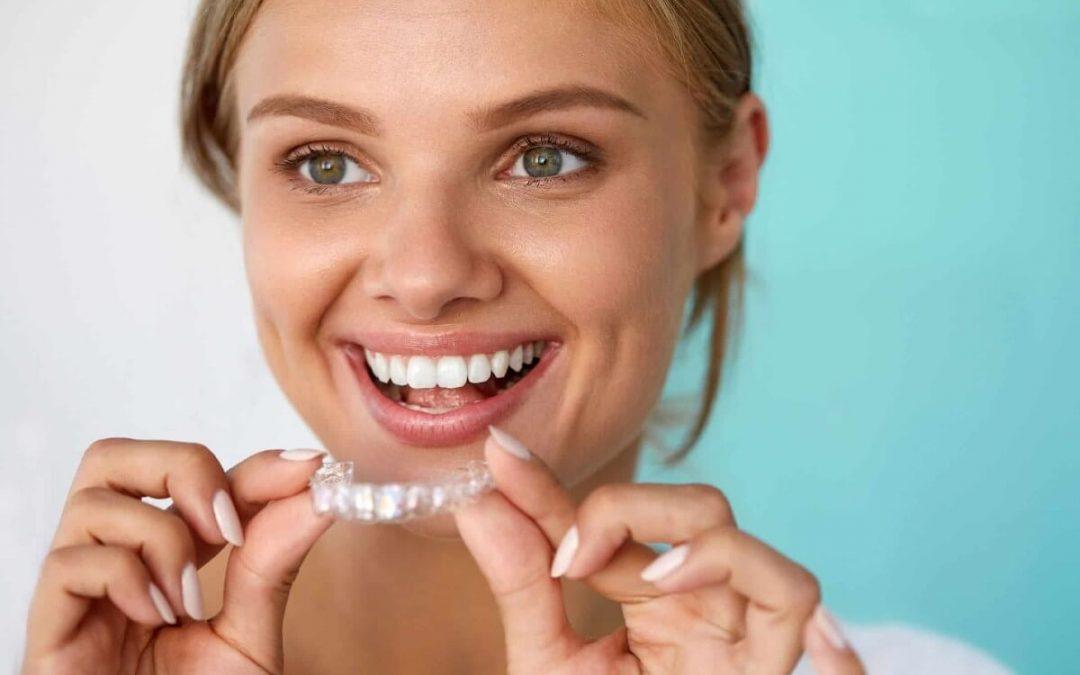 Ventajas de la ortodoncia invisible en Sevilla